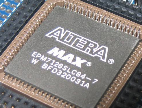 Altera功能安全锁步解决方案采用了FPGA、...