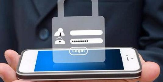 网络金融诈骗事件增多,使用手机时需注意网络安全