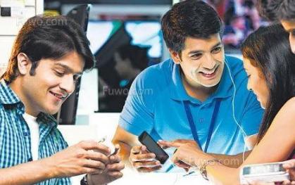 中国手机占印度市场半壁江山,印度人对iPhone...