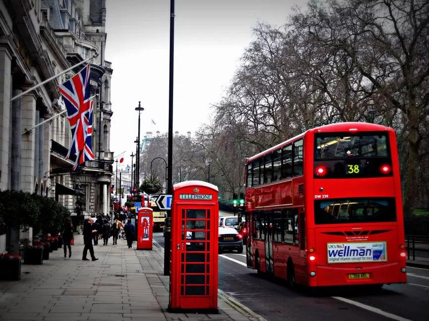 在城市的公共交通上该如何实施物联网技术