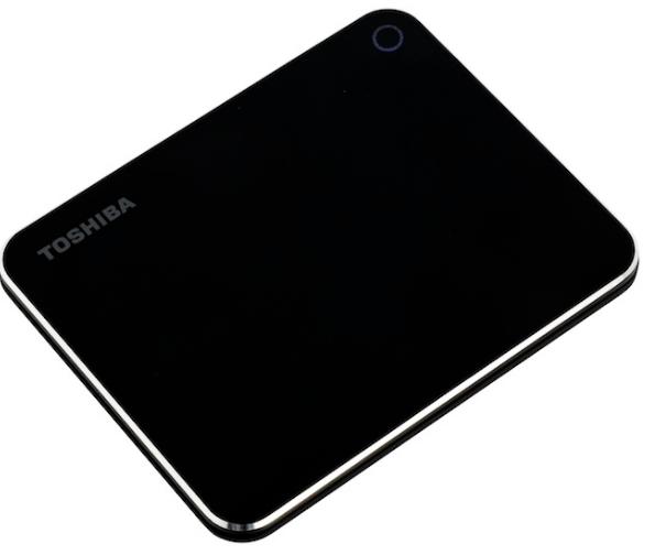 东芝发布XS700系列固态移动硬盘新品,采用了自家的64层BiCS 3D闪存