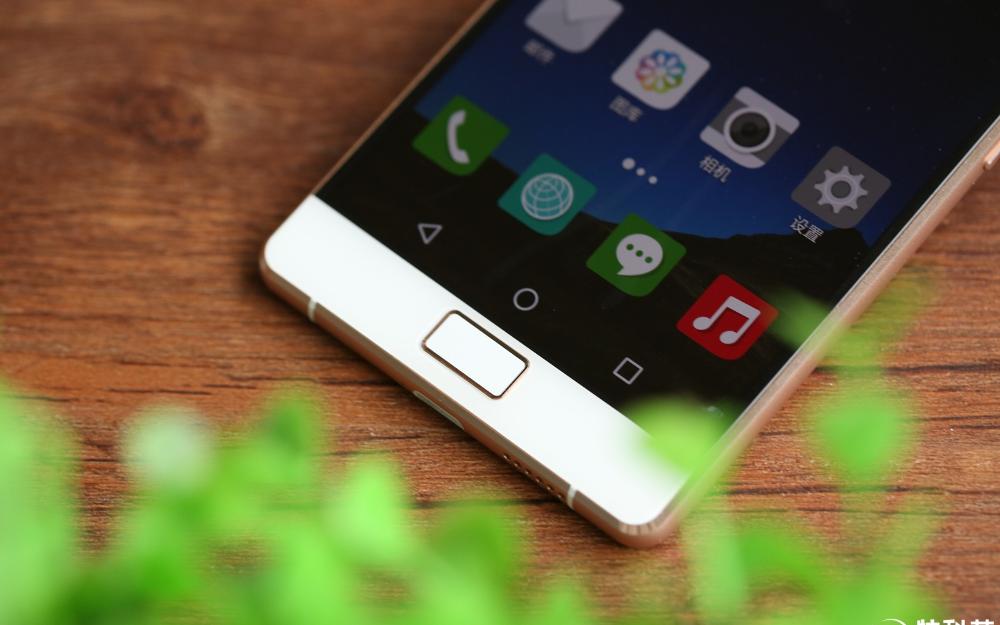 飞利浦x818手机怎么样 简直是一股清流