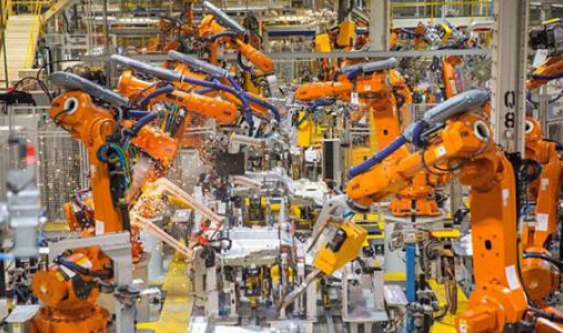 工业机器人的应用领域快速扩张,目前专利数已经超9万件
