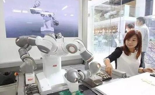 工业机器人与数控机床集成应用,助力智能工厂从概念走向现实
