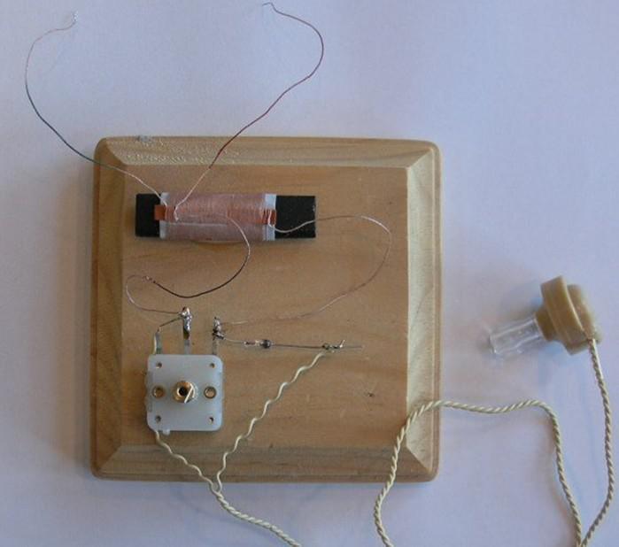 超简易收音机制作方法
