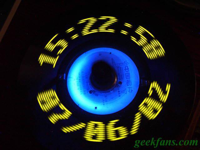 旋转LED数字电子钟制作图解 基于51单片机