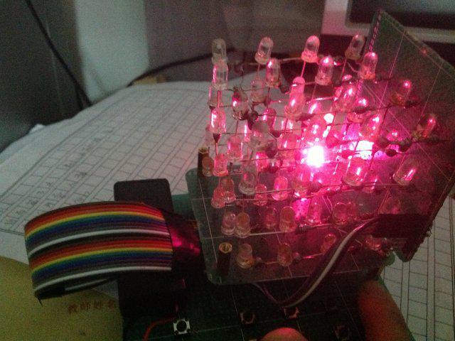 怎样不用单片机做一个led光立方