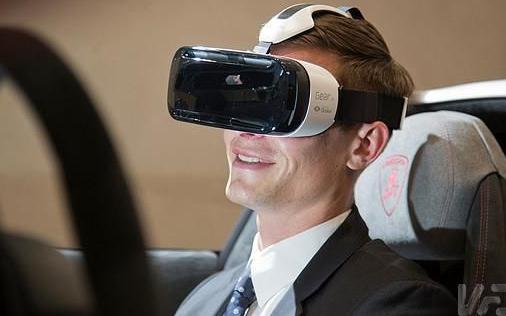 驾驶行为风险评估系统:运用虚拟现实技术模拟,是国内保险科技应用的里程碑