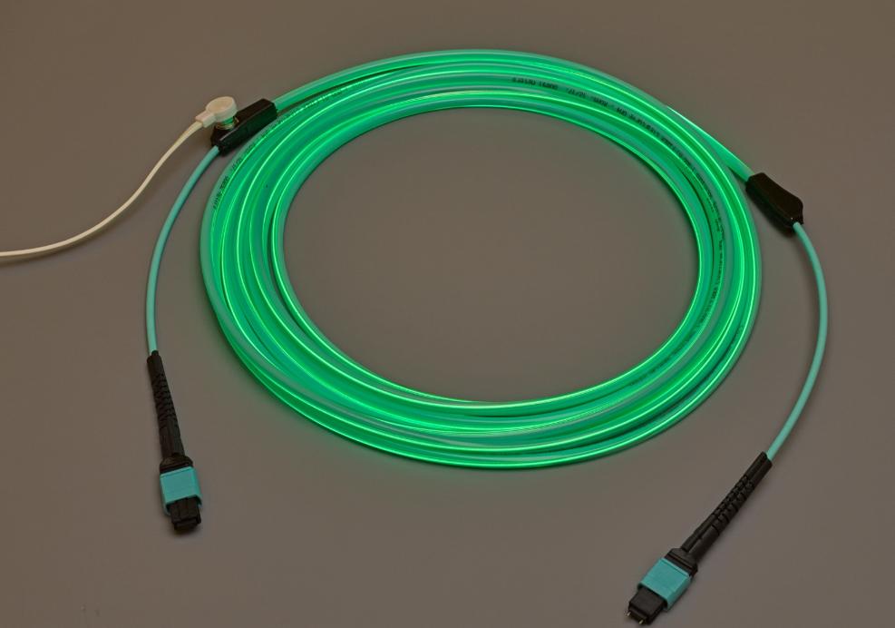 Molex 推出 LumaLink 追踪光缆组件