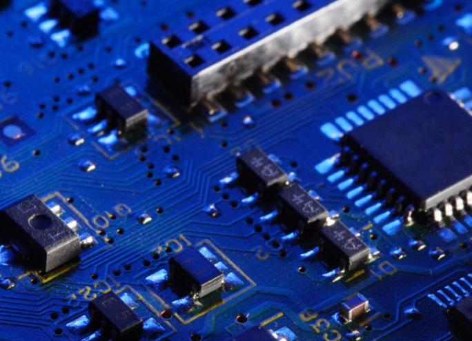 三星表示年底前对DRAM芯片需求不会有变 明年需求将持续强劲