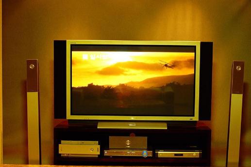 2018年电视厂商展望大尺寸电视,2022年8K...