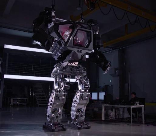 随着人工智能的飞速发展,机器人给各行业带来的创新...