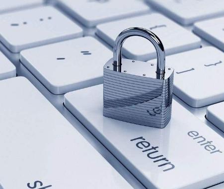 维护网络安全需要依法管理与监督,但更需要自律和智为