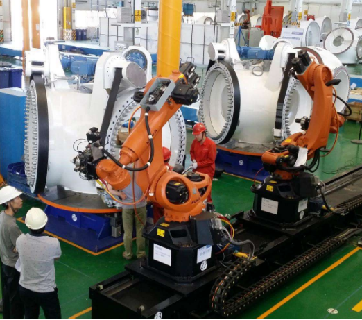 正是有这些一直在坚守工匠精神的企业,国产工业机器人才得以迎头赶上进口品牌