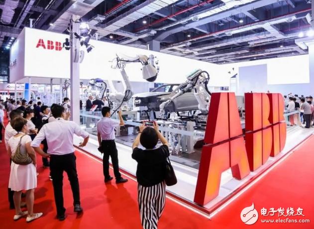 ABB推出了IRB 1100机器人,其迄今最紧凑...