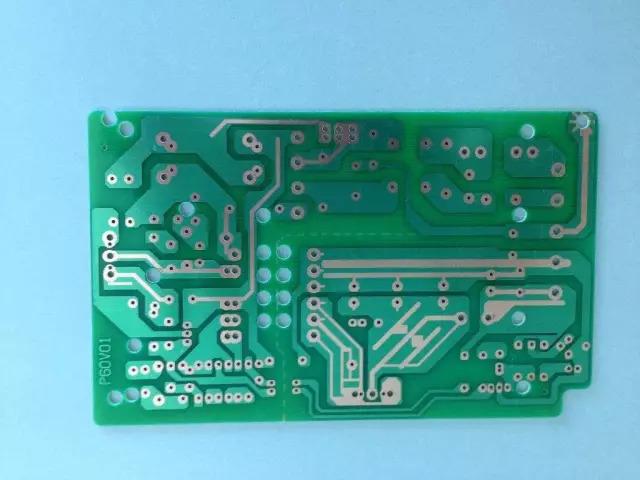 """印刷电路板:电子元器件的支撑体和""""航母"""""""