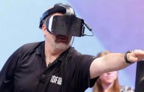 为什么英特尔叫停VR/AR?是行业不行了吗?