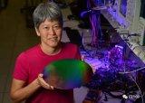 量子计算机真的要出现了?英特尔已研发出量子计算芯片?