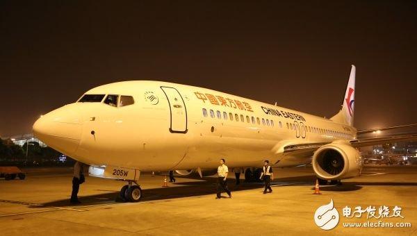 """我國首架雙胞胎""""字母機""""裝備了類似于波音787夢想飛機的""""天空內飾"""""""