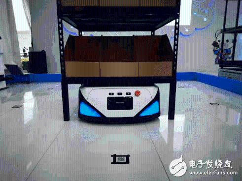 心怡科技三大智能机器人齐亮相云栖大会!