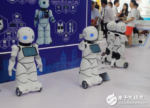 消费端升级带来新的挑战和机遇,而服务机器人顺势而...