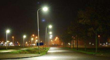 国外设计了出一款智能街灯概念产品 可大幅提升道路安全性