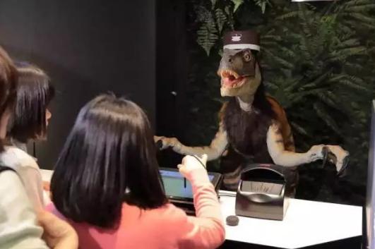 纯机器人酒店亮相,带给使用者不一般的体验