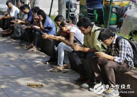 随着中国手机企业对印度市场的逐渐适应,小米的优势恐将受到冲击