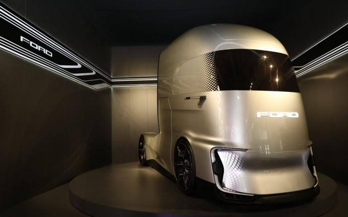 福特发布全新重型卡车概念车F-Vision,结合动力技术、清洁能源和自动驾驶