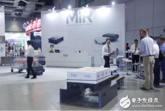丹麦移动机器人MIR携协作机器人的龙8娱乐城官网和产品展示惊艳亮相博览会