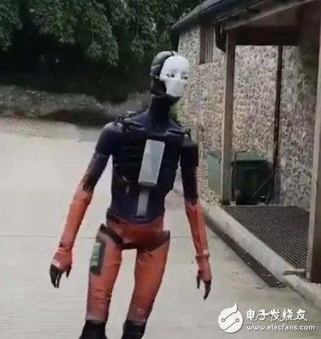 令人毛骨悚然的机器人越来越多,你会害怕吗?