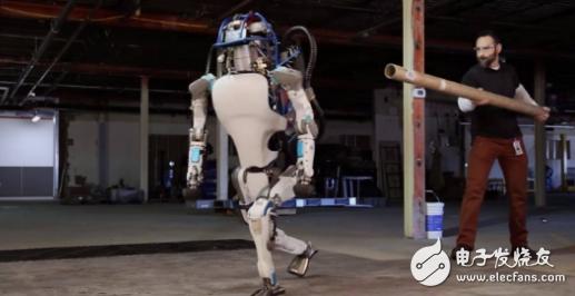 仿生机器人是波士顿动力的特点和优势,也可能会是它发展过程中的瓶颈和障碍