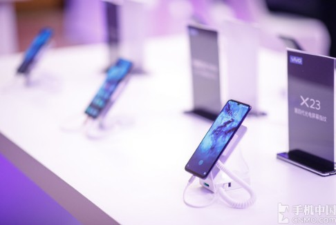 人脸识别与屏幕指纹识别,谁将是未来手机的主流方向...