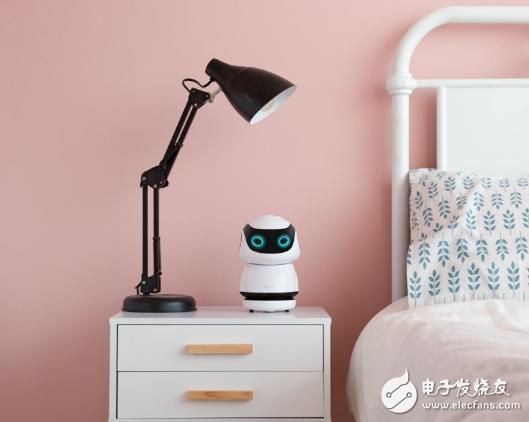 墨子智能发布旗下首的儿童陪伴智能机器人,开辟商业新模式