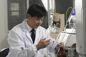 南京工业大学研制出气体传感器,用来诊断出糖尿病、肺癌病人