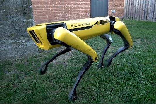 波士顿动力更先进版本的SpotMini机器人亮相...