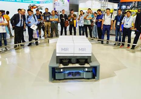 MiR首次向中国市场引入其最近推出的MiR500自主移动机器人