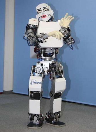 """消毒机器人""""康康"""":消毒比人工快十倍,极大的提高了工作效率"""
