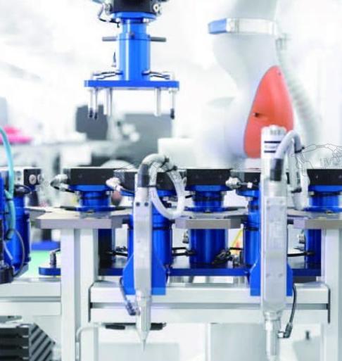 法国泰雷兹的工业协作性机器人已经执行了它的首个任...