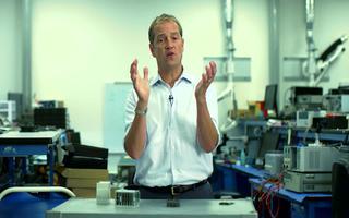 Maxm公司的微型PLC演示平台满足行业4大挑战