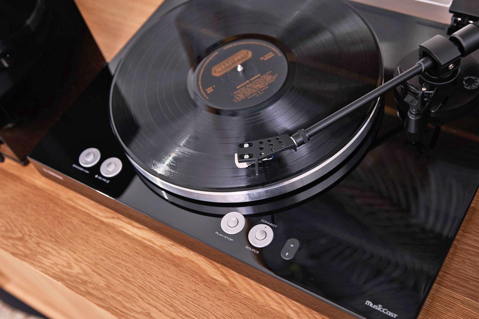 雅马哈将推新款黑胶唱片机 可通过WiFi传送到支...