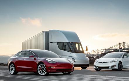 特斯拉发布重要软件更新 三款主要车型均有涉及