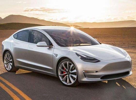 智能化是电动汽车未来发展方向,国内外各车企积极布局智能网联