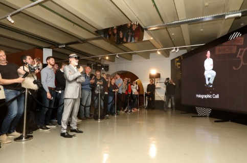 Beeline和华为联手在俄罗斯展示了5G全息通...