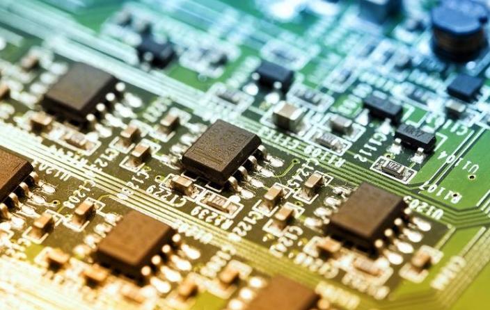 紫光国微宣布转让子公司西安紫光国芯半导体100%...