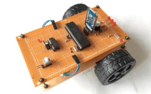 用手机蓝牙APP控制的基于arduino制作的蓝牙小车