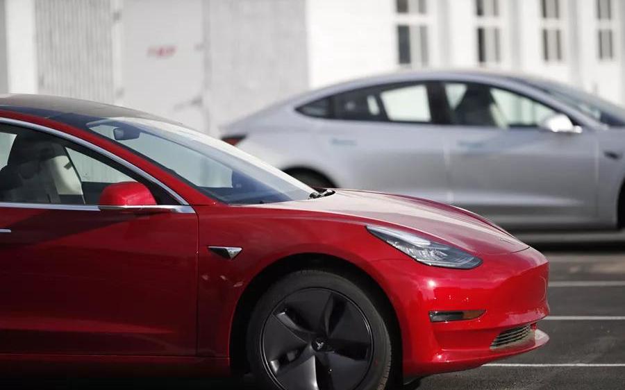 Model 3對全新3系,誰代表了未來?