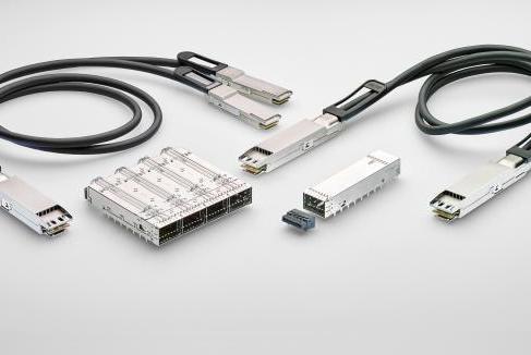 TE宣布推出全新八信道小規格可插拔連接器和電纜組...