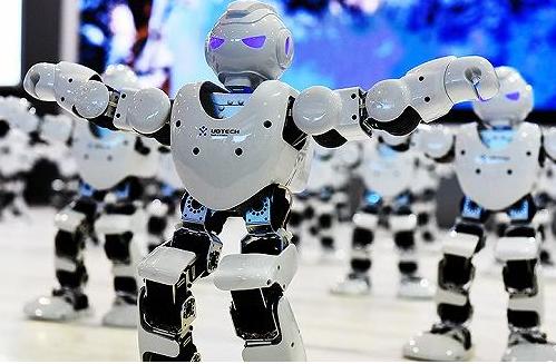 国产机器人如何才能实现弯道超车?加快产业智能化布局是关键!
