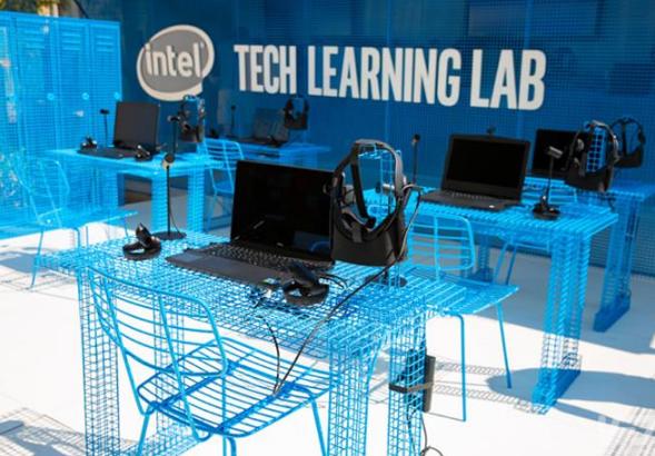 英特尔推出了技术学习实验室来开展VR教育
